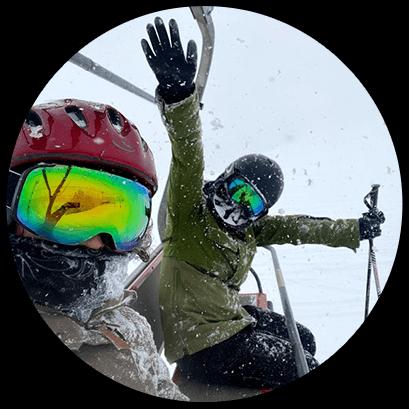 雪の降った翌日はママ友と朝一からスキー場へ。